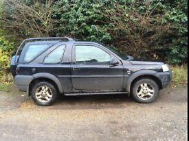 "Land Rover freelander 16"" alloys mt mud tyres"