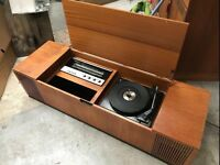 Vintage Record/Vinyl Player Radio