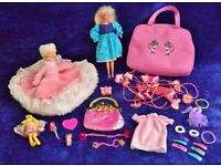 Vintage Glitter Hair Barbie Mattel 1993 + Diff Dolls, Clothes, Fairy & Bundle of Pink Bits in Bags