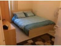 HOMESWAP 2BED MODERN FLAT IN EALING FOR UR 2/3/4 BED IN LONDON ???