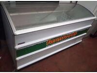 Curved lid Novum 601L CHEST FREEZER, CATERING COMMERCIAL FREEZER, Fully working order