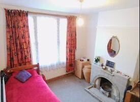 Spacious room in a quite house, Mill road.