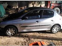 Peugeot 206 1.4 petrol breaking for spares/parts 2004