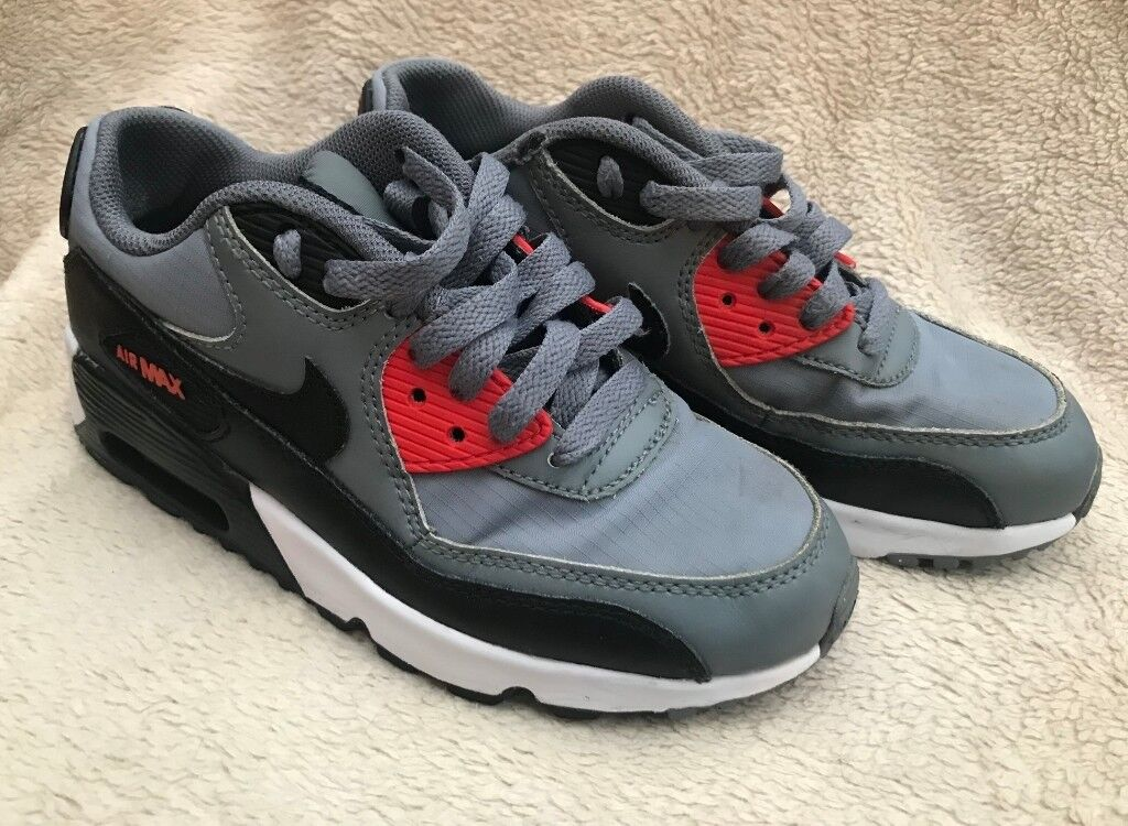 JUNIOR NIKE AIR MAX 90 MESH TRAINERS IN GREY AND BLACK UK SIZE 3 - HARDLY  WORN e85645fe84566