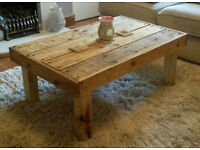 *Stunning* Reclaimed Pallet Wood Coffee Table