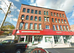 Commercial Space For Rent on Union Street!