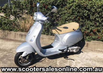 2008 Vespa LX 150 Scooter