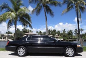 Limousine >>> 2008 Lincoln Town-car signature L