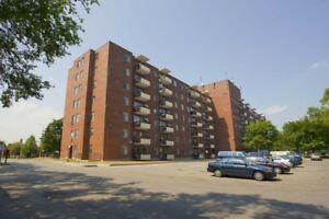 3 Bdrm available at 3420 Morning Star Drive, Mississauga