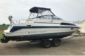 1992 2655 Bayliner Ciera Sunbridge Express Cruiser wTrailer SOLD