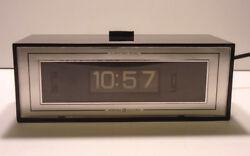 GE Rolling Number Digital Alarm Clock Lighted Dial Model 8112