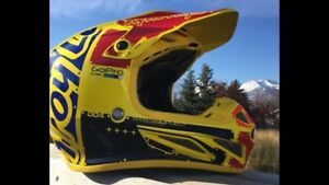 2018 Troy Lee se4 carbon large helmet with mips
