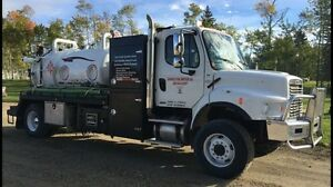 2011 Freightliner Automatic Single Axle Combo vac
