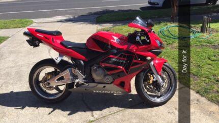 2003 Honda cbr 600rr swaps for an ss or somthing of interest