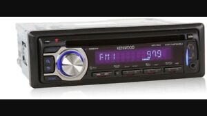 Kenwood car stereo with USB and AUX CD PLAYER $30
