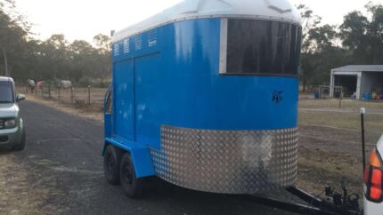 Wanted: Wanted , horse float 3 bay or projects 3 bay