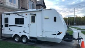 Price drop!!! $8500 TOY HAULER XT200 2007