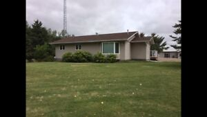House on Acreage for Rent North of Killarney