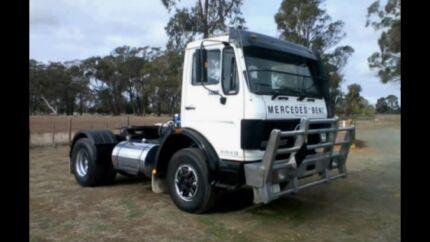 Mercedes Benz 1425 truck