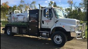 2011 Freightliner Automatic Vac-Combo Truck