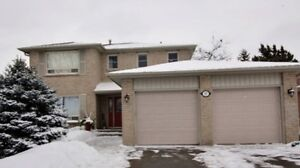 2 Storey Home For Sale 17 Dunsford Crt
