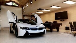 Mint c. 2015 BMW I8. 6k wrap. Pearl edition. Limited 185k new