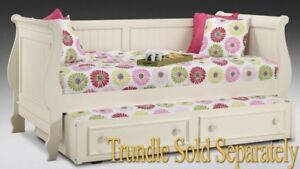 Amber daybed with trundle and mattress