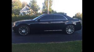 Chrysler 300 s hemi 2013 21500$