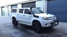 2008 TOYOTA HILUX SR Turbo Diesel 4x4 dual cab Cannon Hill Brisbane South East Preview