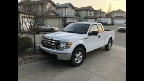 2010 FORD F-150 XLT 4X4-   PRICED FOR QUICK SALE