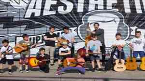 Guitar lessons tailored to you through Face the Music! Karrinyup Stirling Area Preview