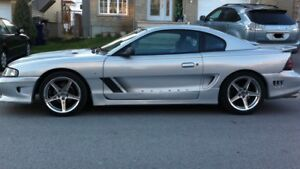 FORD MUSTANG GT 1994 5.0 litres !!!