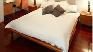Queen size bed Williamstown Hobsons Bay Area Preview
