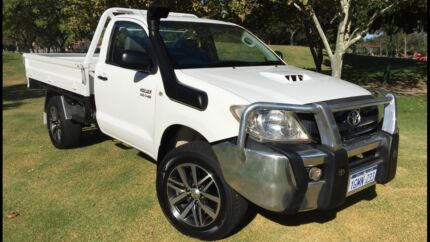 2009 Toyota Hilux SR Automatic D4D 4x4 3 Year Warranty Included