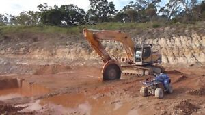 Excavator Rock sawing and deep hole auger ini North Melbourne Melbourne City Preview