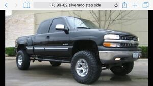 2006 chev silverado ext step side w/02 front end