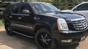 Reduced 2007 Cadillac Escalade SUV Low KM New Tires