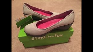 Brand New Crocs Heathered Grey Ballet Wedge Shoes - Size 6