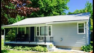 Turkey Point Weekly Cottage Rental. Wifi, Satellite and AC!