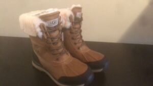 New Ugg winter Boots / Bottes d'hiver Ugg
