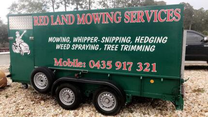 Mowing trailer