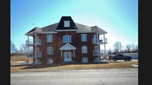 Appartement style condo 4 1/2 Beauharnois