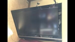 """42"""" LG LCD TV - NO STAND"""