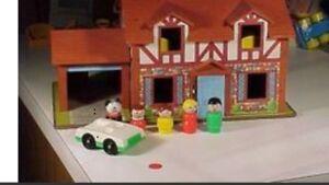 Classic fisher price little people house set