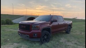 ***NEW CONDITION!*** 2014 GMC SIERRA! FULLLOAD! DRIVES LIKE NEW!