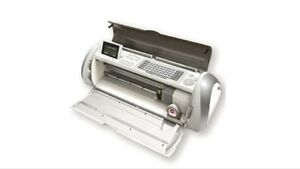 Reduced! Cricut Expressions for Sale with 4 cartridges