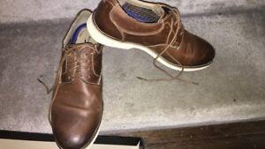 Size 9 men business/dress shoes