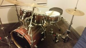 Pearl drum kit Andrews Farm Playford Area Preview