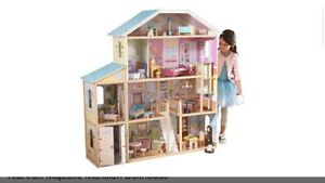 Large kidcraft dollhouse barbie house