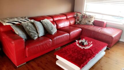 Genuine italian leather red couch
